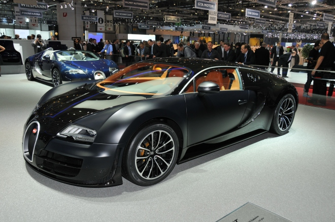 Bugatti_Veyron_Super_Sport_(5491315395)