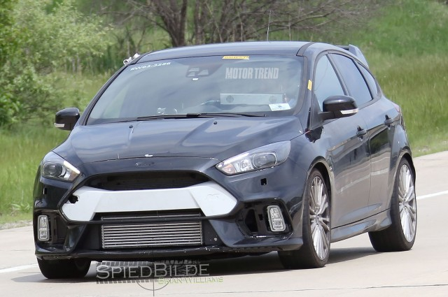 ford-focus-rs-test-mule-front-end