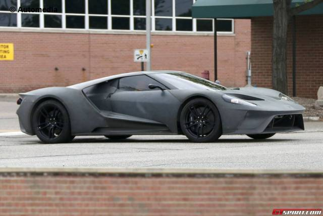 ford-gt-002