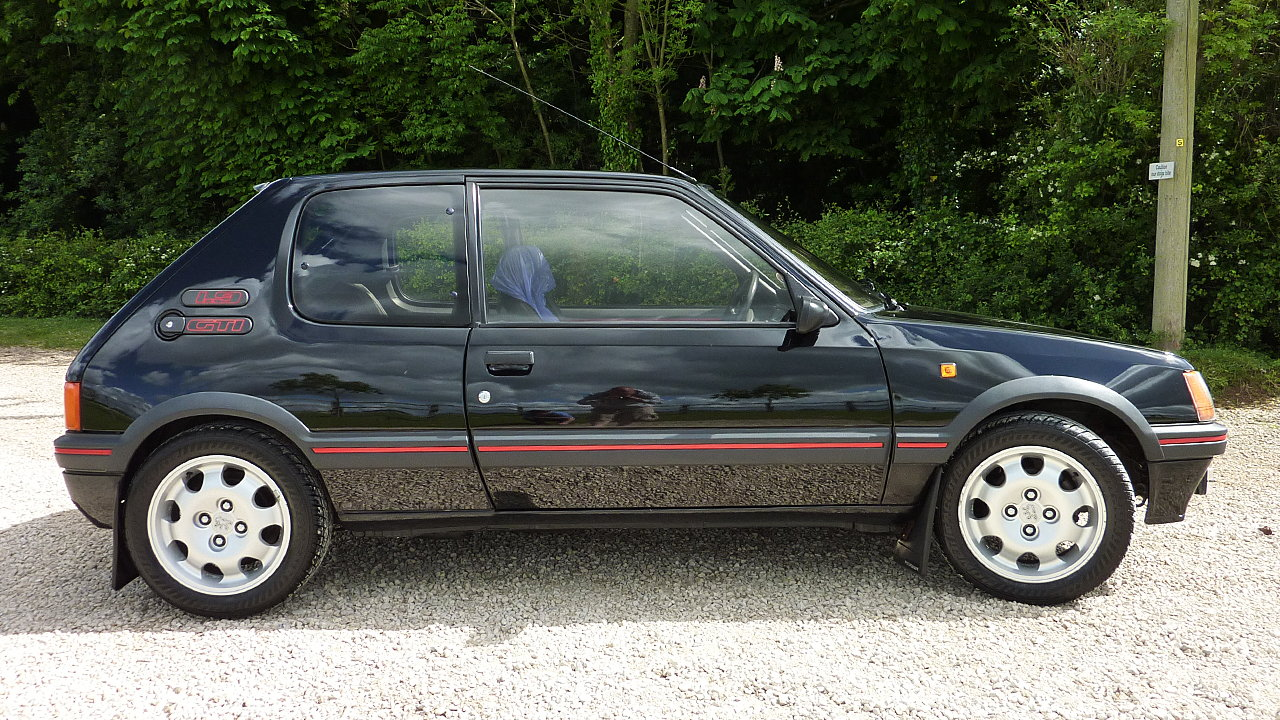 car of the weekend the peugeot 205 1 9 gti. Black Bedroom Furniture Sets. Home Design Ideas