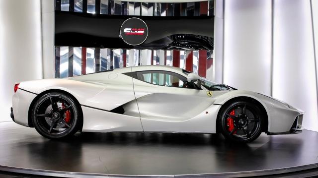 Ferrari LaFerrariwhite-1