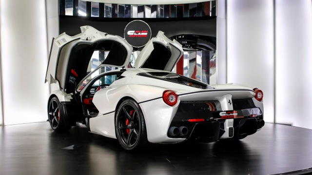 Ferrari LaFerrariwhite-45